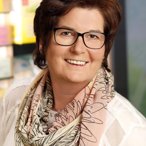 Frau Elke Meier